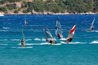 location aurora villa windsurfing